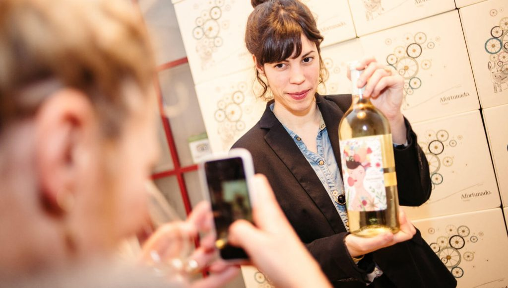 Casa Mathilda - Presentación de Vino Afortunado
